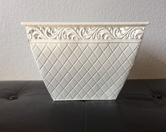 White Metal Storage Decorative Basket