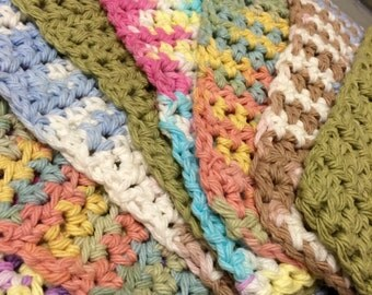 Assorted washcloths/cleaning rags
