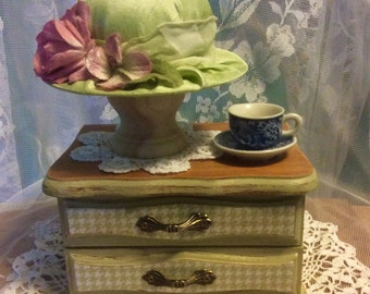 Light green silk like Downton Abbey Pin Cushion hat on hand painted & decoupaged jewelry box. Downton collectable! FREE SHIPPING!