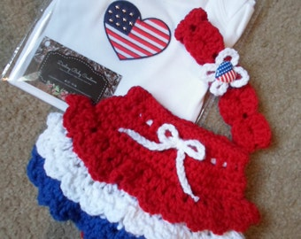Crochet 4th of July Baby Girl Set. Includes Headband, Onesie, & Diaper cover skort.  Available Sizes: Newborn-12 Months.