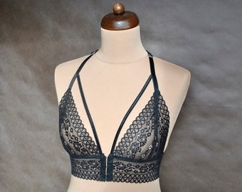 Lace Bra Sexy, romantic Black, Lingerie, Soft Cup Bralette, Hand made, All sizes, elegant underwear, brassiere, embroidery, gothic, gift