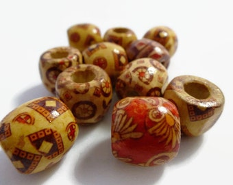 10 x Painted Large Wooden Beads 17mm