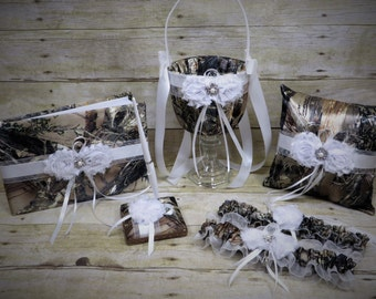 Camo Wedding Set, Wedding Flower Girl Basket, Wedding Pillow, Wedding Guest Book, Pen and Wedding Garter, True Timber Brown Camo Wedding Set