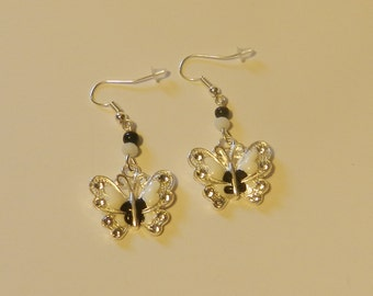 Black N White Enameled Butterfly  Earrings   V4629