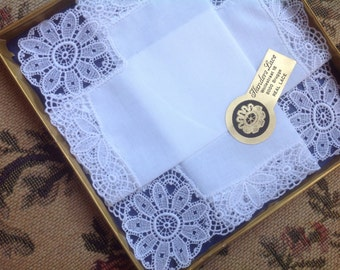 VINTAGE LACE HANDKERCHIEF. Unused. With sticker. Lace - Embroidered Net Lace. Wedding handkerchief.