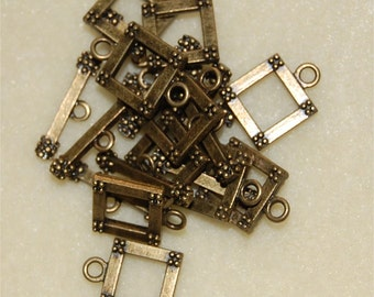 CLASPS, Square Toggle type, 10 Antique Gold Tone, bar approx 23mm long, clasp approx 18mm
