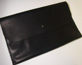 leather clutch minimal