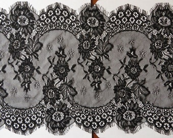 3mts of wide eyelash lace trim, double scallop with eyelash edges 34cm black or white