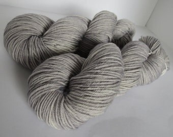 Hand Dyed Merino Worsted, Sublime Grey, 115g/200 yards