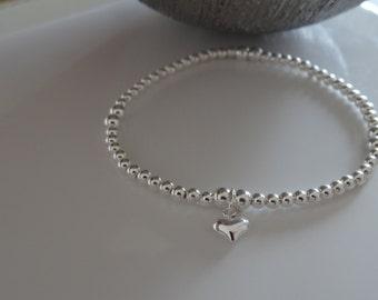 pretty silver heart stretch bracelet 925