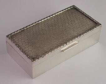 Vintage Heavy Sterling Silver Ring Box Or Trinket Box - 312g