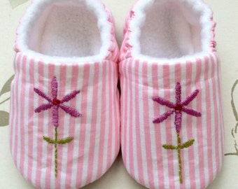 SALE! 0-3M & 6-9M hand embroidered baby girl soft sole, pre walker shoe