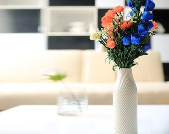 "Dehua Porcelain 10""White Ceramic Decorative Vase"