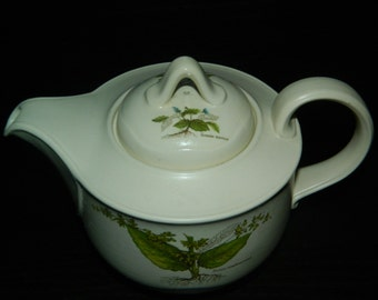 REDUCED Vintage 'Country Lane' by Poole Teapot and Lid