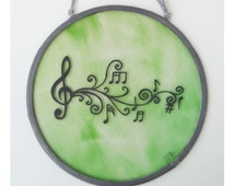 Musical Notes Stained Glass - Treble clef - Music - Musicians - Melody - Window panel - Suncatcher - Wall hanging - Green - Hand painted