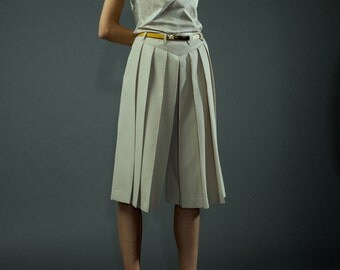 Pleated beige culottes