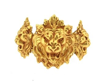Askew London Lion Bracelet Gold Clamper