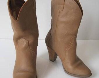 Cowboy Western Boots Size: 5.5 Women's Heels Stitched VINTAGE TF899Bz