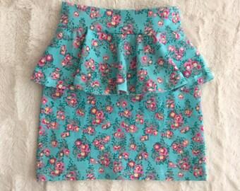 Baby-Girls Knit floral peplum skirt