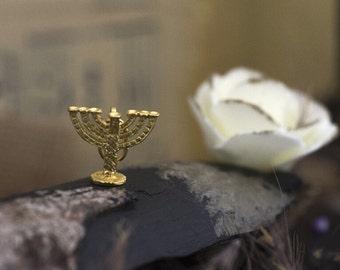 Vintage 18K Gold Menorah Charm Pendant
