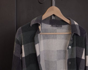 PERFECT clueless 90s plaid ribbed flannel- soo comfy soo cute