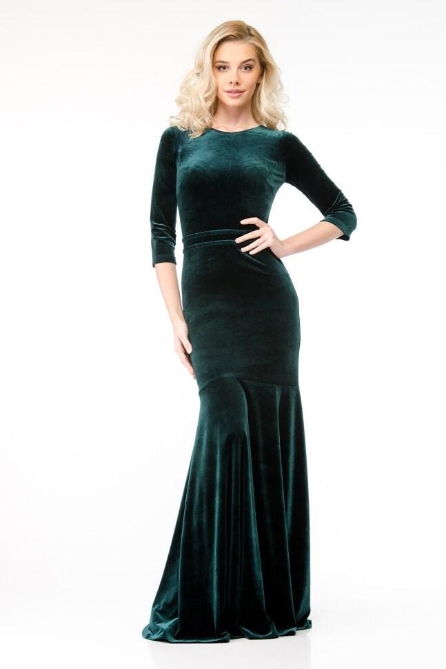 perfect long velvet dress outfit 16