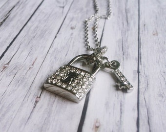 Silver necklace - love lock with Rhinestone embellished