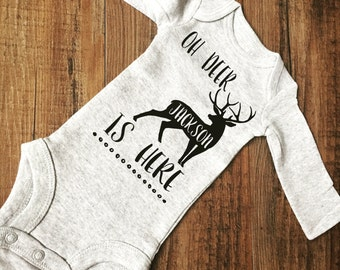 Baby Announcement. Baby coming home. Baby bring home. Hunting baby bodysuit. Deer bodysuit. Baby boy. Baby girl
