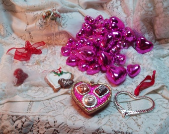 Valentine's Day Ornament Lot