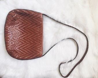 Vintage woven chevron crossbody purse