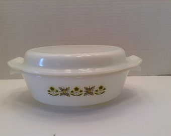 Anchor Hocking Fire King Casserole with matching top Meadow Green Pattern