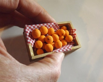 dollhouse miniature box of oranges, handmade miniatures, country farm,dollhouse food , one inch scale