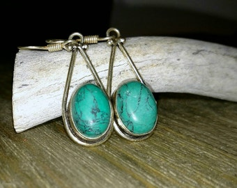 Sterling Silver Jade Drop Earrings/Silver Howlite Earrings/Jade Earrings/Green Stone Earrings/Stone Drop Earrings/Minimalist Stone Earrings