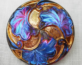 One 28mm iridescent Czech glass button, Vitral Sapphire Blue button with art nouveau stylized leaves , decorative shank buttons 07201
