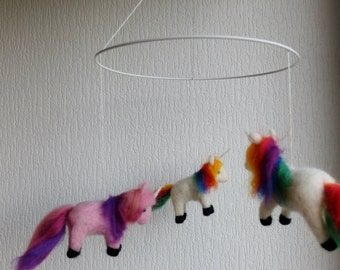 REDUCED!!! Over the rainbow - needle felted chubby Unicorn Mobilé