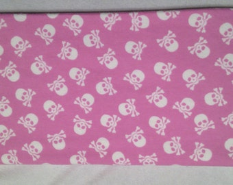 Double sided receiving blanket.  Flannel baby blanket.  Soft baby blanket. Scull & crossbones baby blanket.