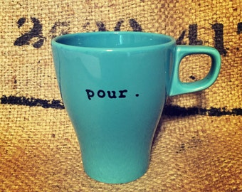 Pour BLUE COFFEE CUP