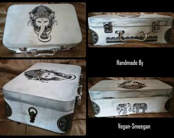 Ganesh Suitcase Box