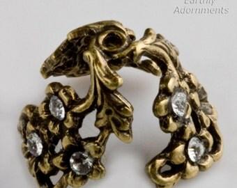 Fancy brass adjustable beadcap with stone settings. Pkg. of 2. b9-0723(e)