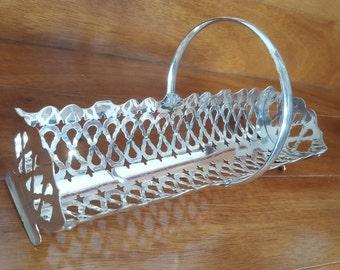 Vintage FOLGATE Silver Plate Pierced Craker Serving Tray w Handle, England