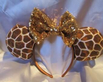 Giraffe Animal Kingdom Minnie Ears