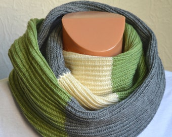 Hand made men's snood scarf