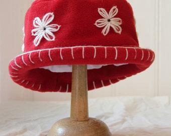 Scarlet red daisy flower fleece cloche hat
