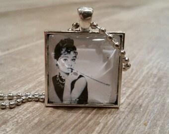 Vintage Audrey Hepburn Glass Pendant Necklace-Square