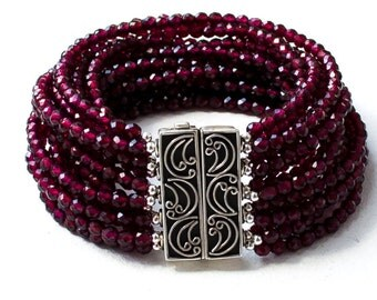 "Garnet bracelet ""Wine"""