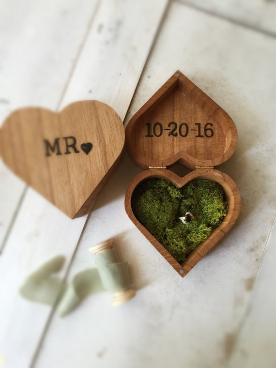 Heart Ring Bearer Pillow Alternative Ring Bearer Wedding set 2 boxes Wedding Ring Box MR and MRS bride and groom