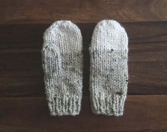 Women's Chunky Knit Mittens | THE CEDARS | Oatmeal & Fisherman