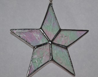 Beautiful 5 point star suncatcher, in irridised glass