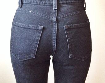 Black Vintage Skinny Jeans // High Waist Denim // 90s Denim // Boyfriend Jeans // Mom Jeans