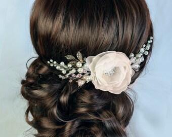 ivory bridal hair flower, ivory flower, wedding hair clip, bridal hair clip, wedding hair flower, bridal fascinator, flower hair clip floral
